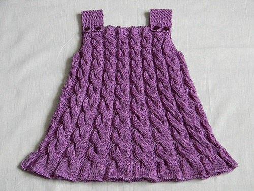 Вязание на спицах для девочки платье с косами